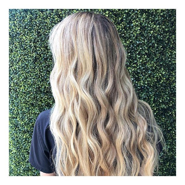 Base & balayage on this #rapunzel by @jeremybhair
