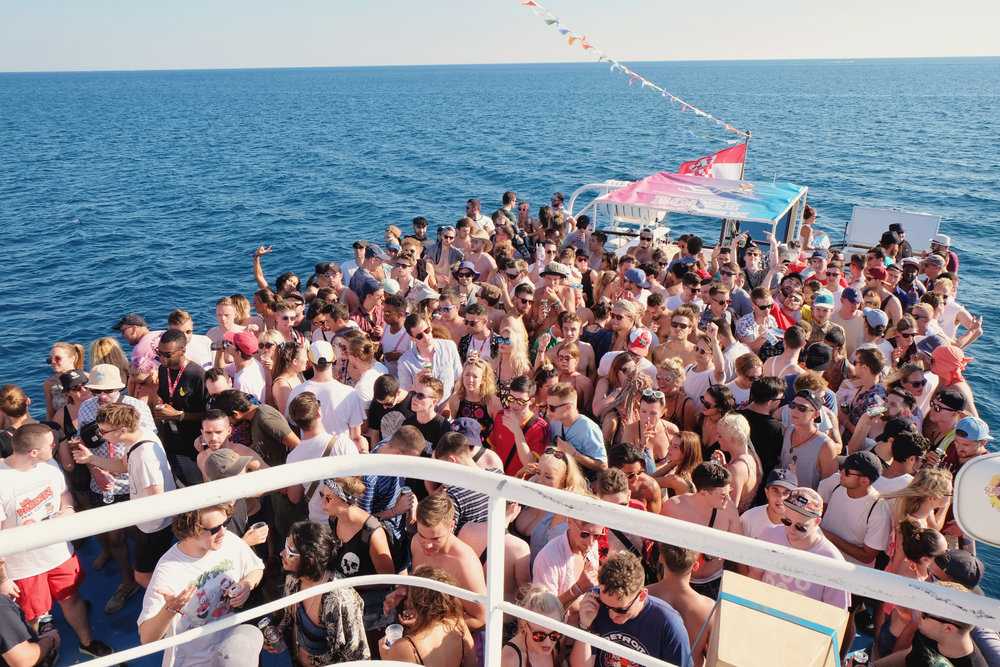 BOATPARTY4.jpg