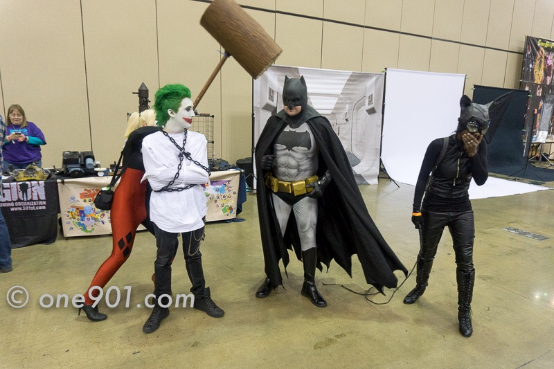 Batman was surrounded!!