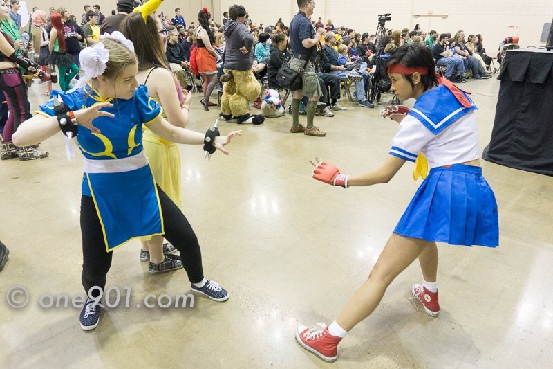 Chun-Li vs Sakura!! FIGHT!!