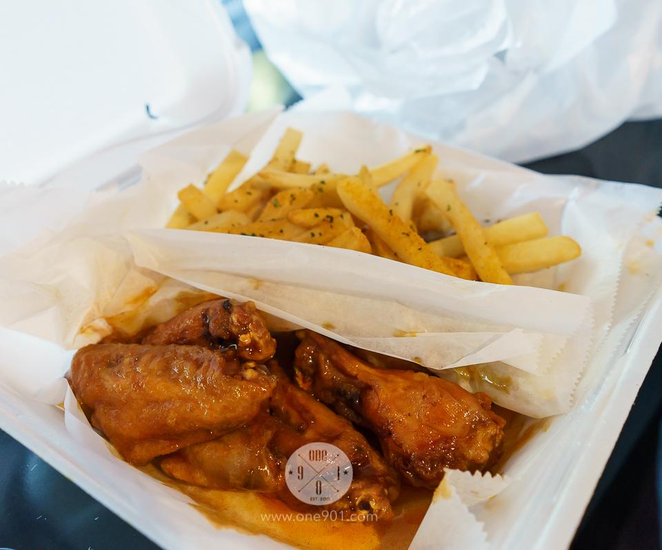 Honey hot wings with regular fries