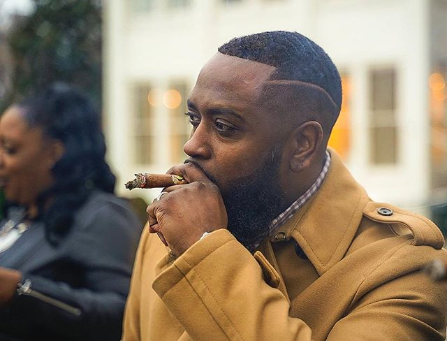 Swag personified . . . @cognaccarsandcigars . . #memphis #swag #mensfashion #instafashion #menswear #hypebeast #withhumans #microinfluencer #alphacollective #a7iii #fashion #sonyportraits #portraitphotography #blackmen #portraitpage #lifestyleblogger #party #dope #sonyalpha #blackmenkillingit #eventphotography #fatalframes #memphis #postthepeople #event #sonyworldclub #menwithstyle #melanin #style #cigar