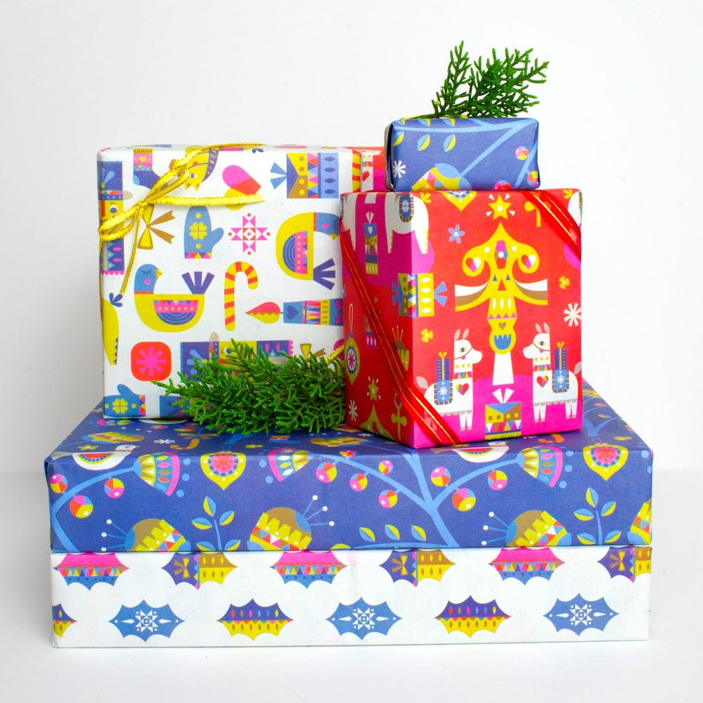 recycled wrapping paper Bows, glitter, ribbon are not recyclable here's how to recycle your christmas wrapping paper china has set strict new limits on the contamination it allows in the mixed paper bales american trash companies ship there for recycling.