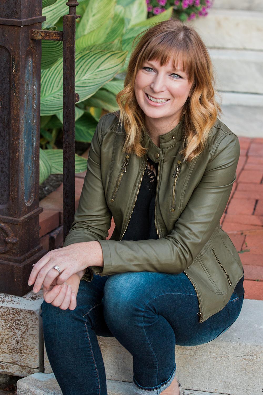 Angela, Cover Photog (Dec)