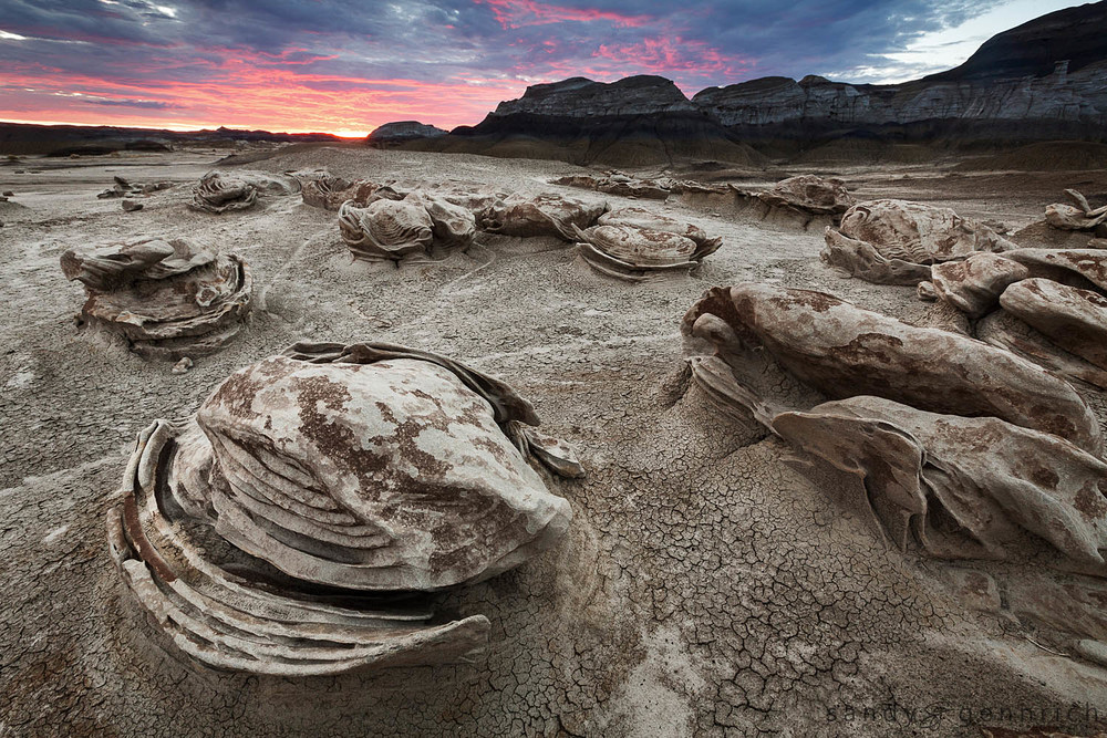 Sunrise at tthe Egg Factory - Bisti Badlands, NM