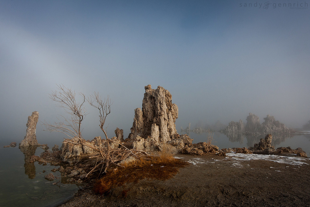Winter Fog at Mono Lake2 - Lee Vining - CA