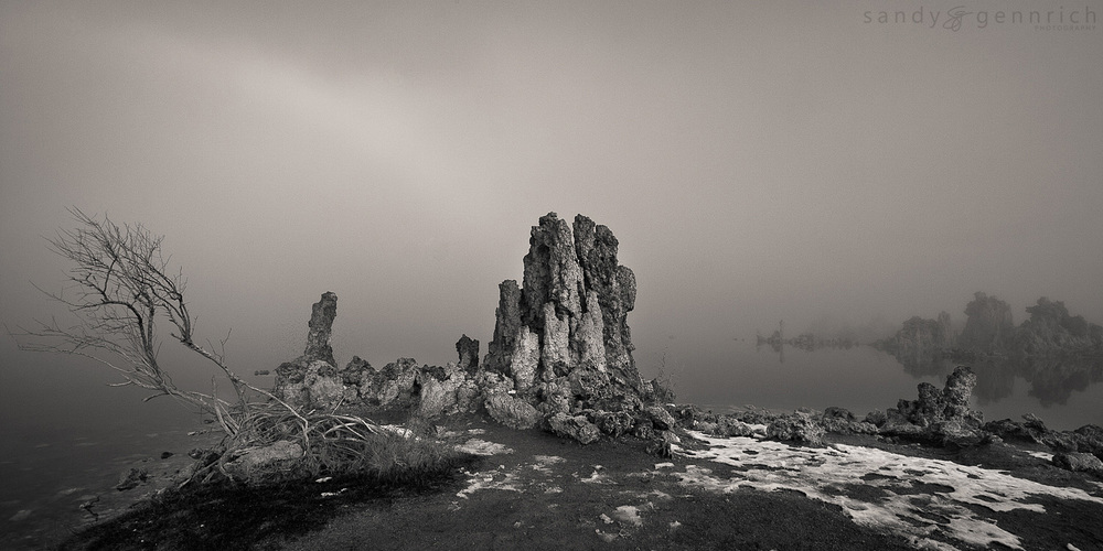 Mono-Chrome Pano - Mono Lake - Lee Vining - CA
