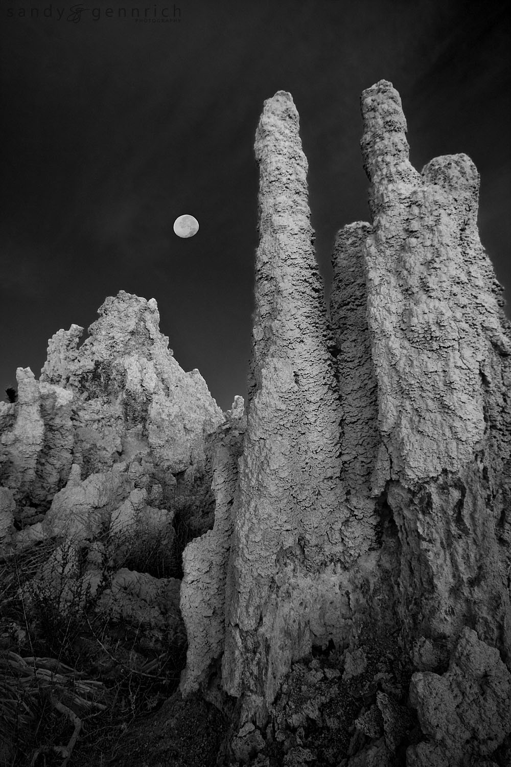Tufa Moon - Mono Lake - CA