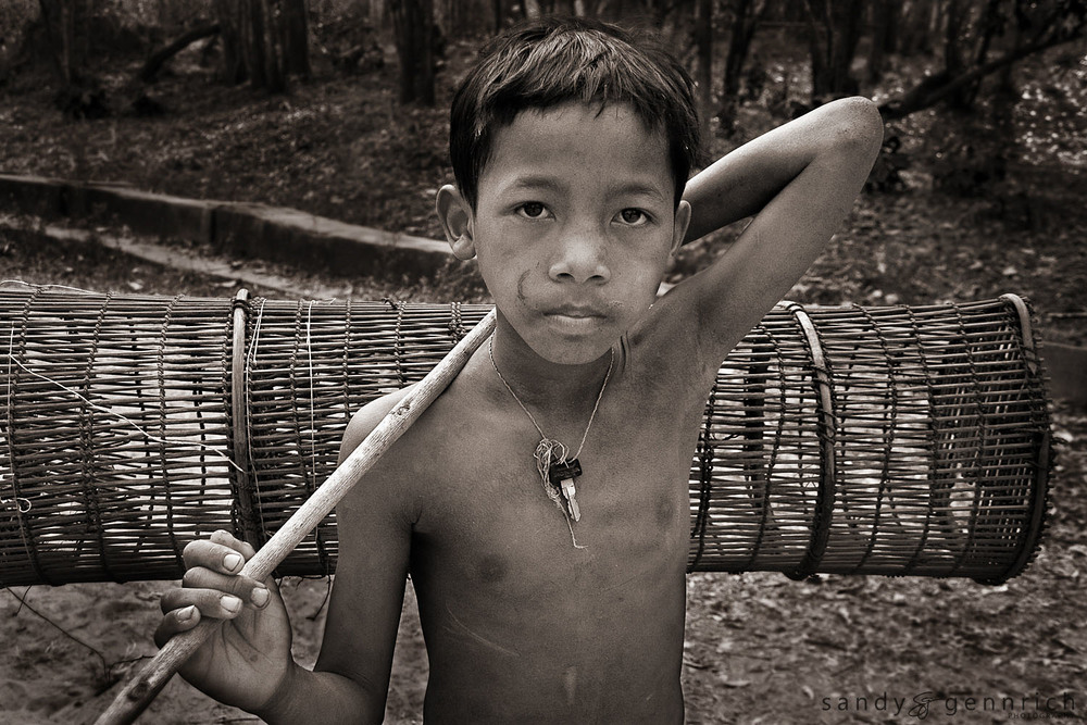 Boy with Fish Trap - Beng Mealea - Siem Reap - Cambodai