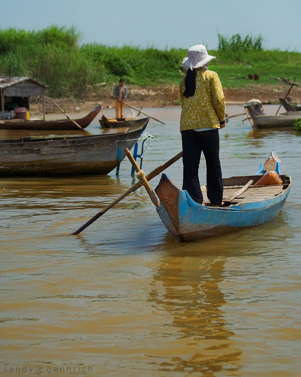 Commuting on the River - Kampong Chnang - Cambodia