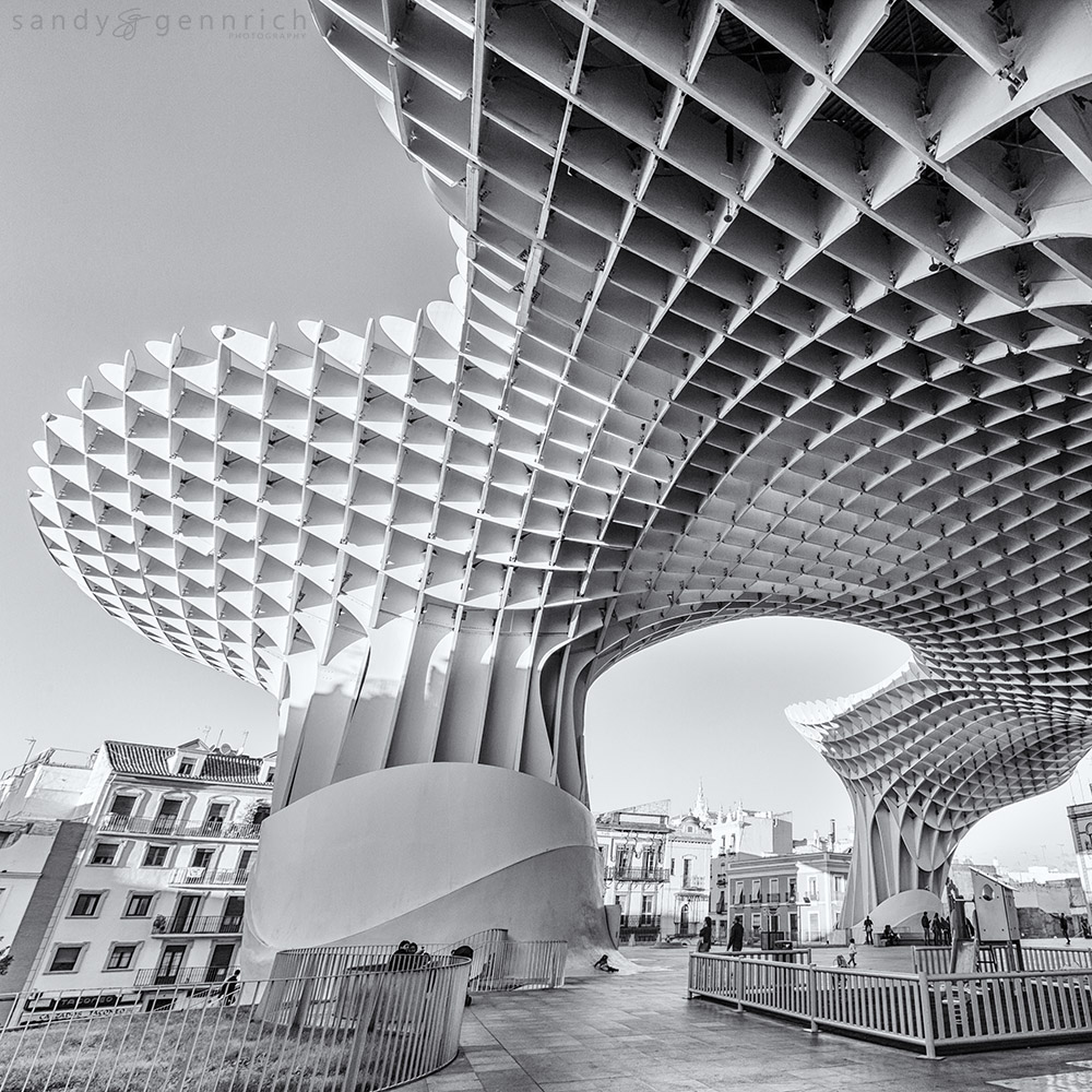 Under the Parasol=20151121-37869-5DM3-Spain-Sevilla
