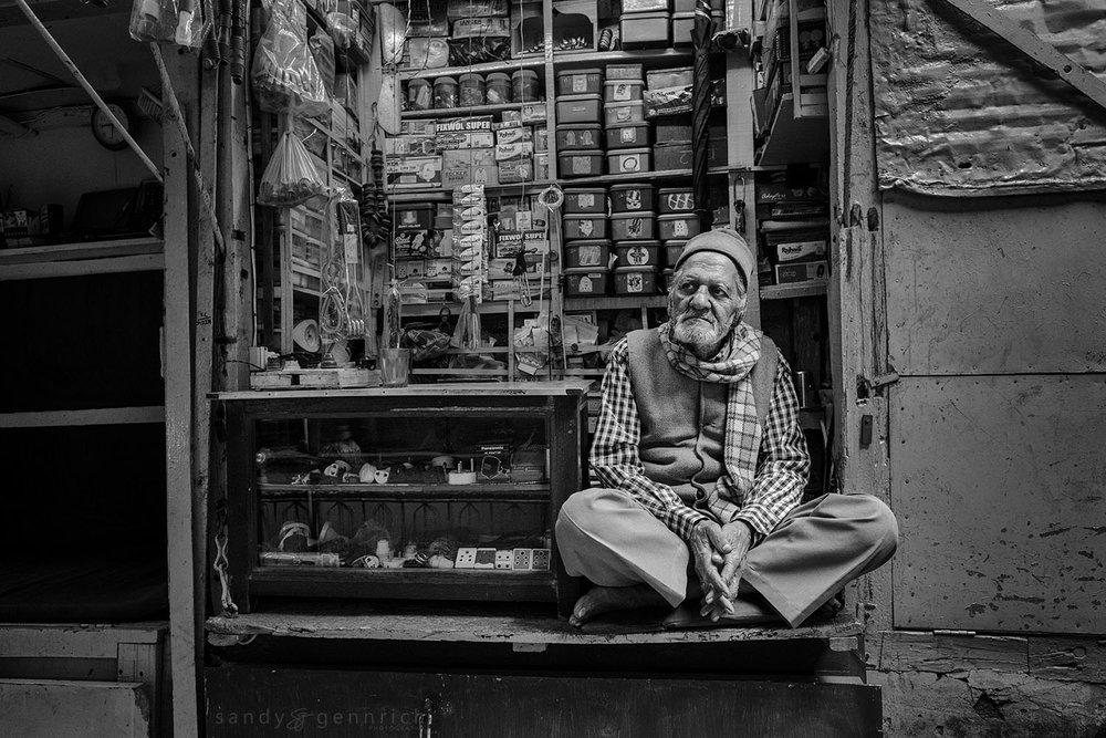 Shopkeeper-India-Varanasi