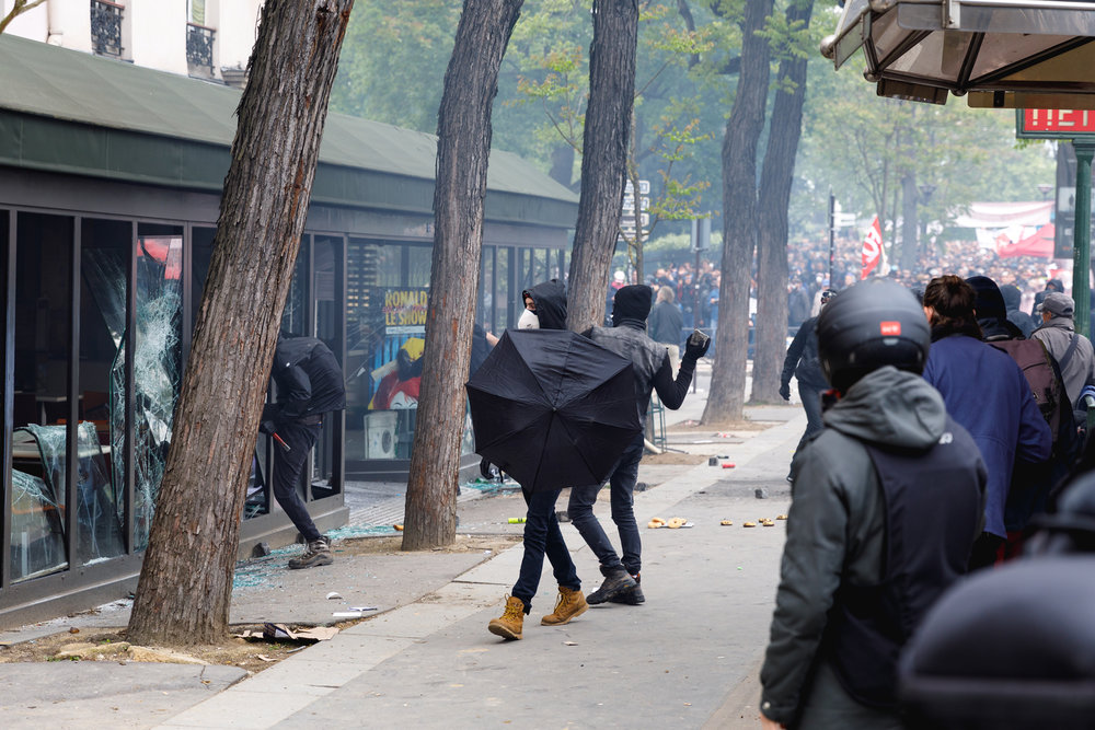 EdRobertson_Occipitals_ParisMayDayRiots_2018_46.jpg