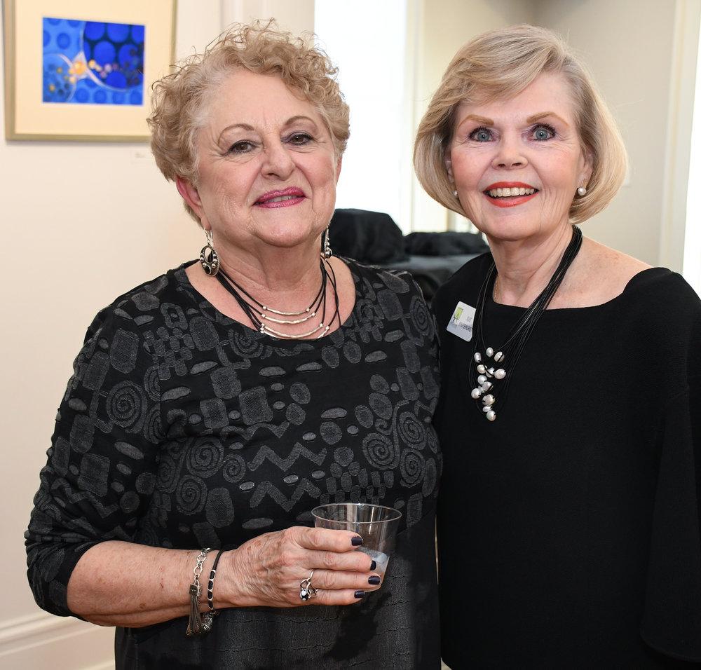 Marie Renfro, Sue Whitehurst