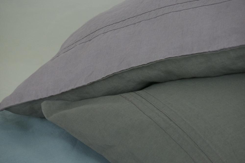 linen bedding2.jpg