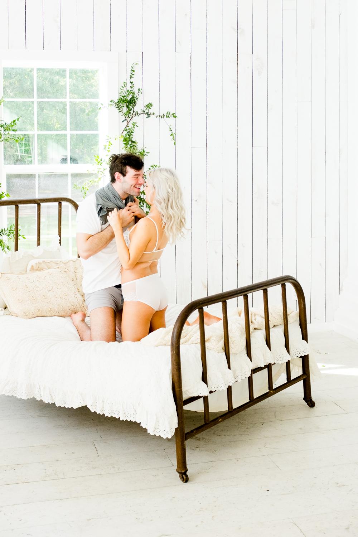 couple_boudoir_lafemme-4.jpg