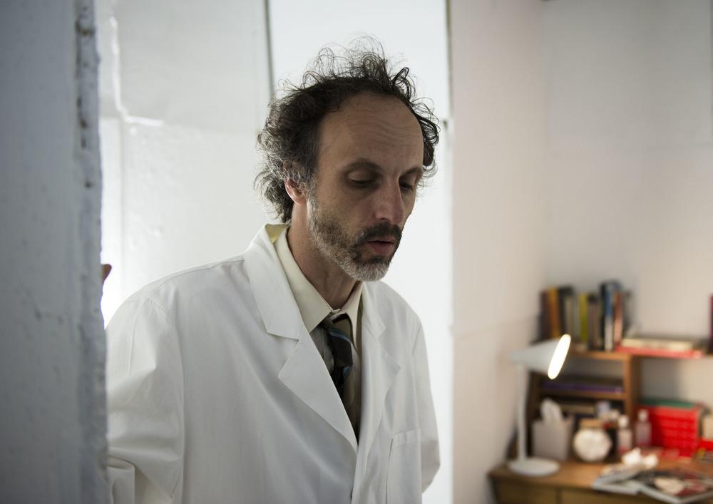 photo credit: Verena Ledig  Mario Mentrup as Doc Hayward