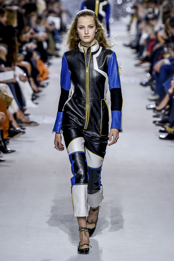 dior-rtw-spring-summer-2018-paris-fashion-week-2257.jpg