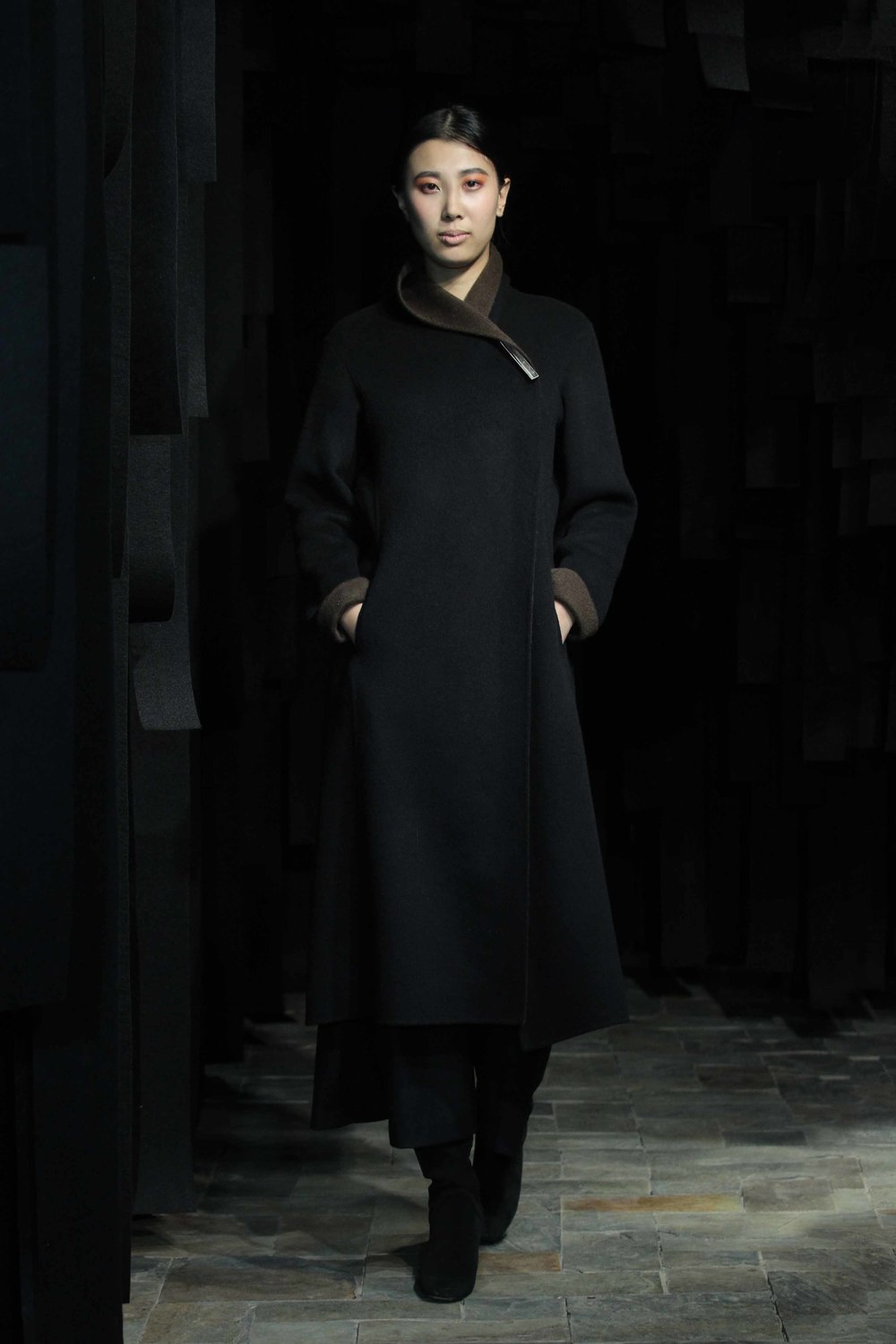 Double-face cashmere coat // wide flannel-jersey 7/8 length pants
