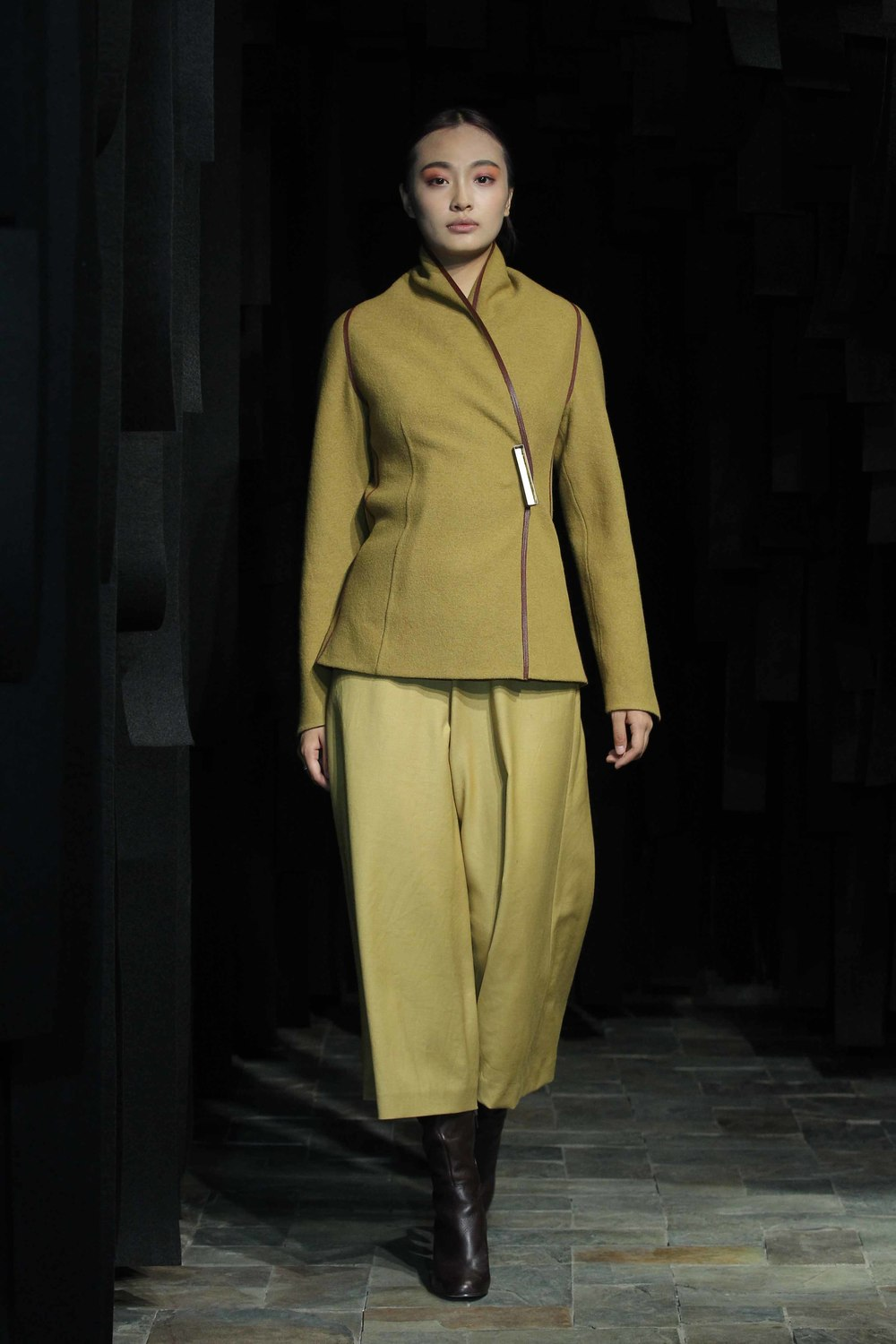 Fitted, hand-dyed mustard, wool jacket with contrasting leather trim // wide mustard natural-dyed, woolen 7/8 pants
