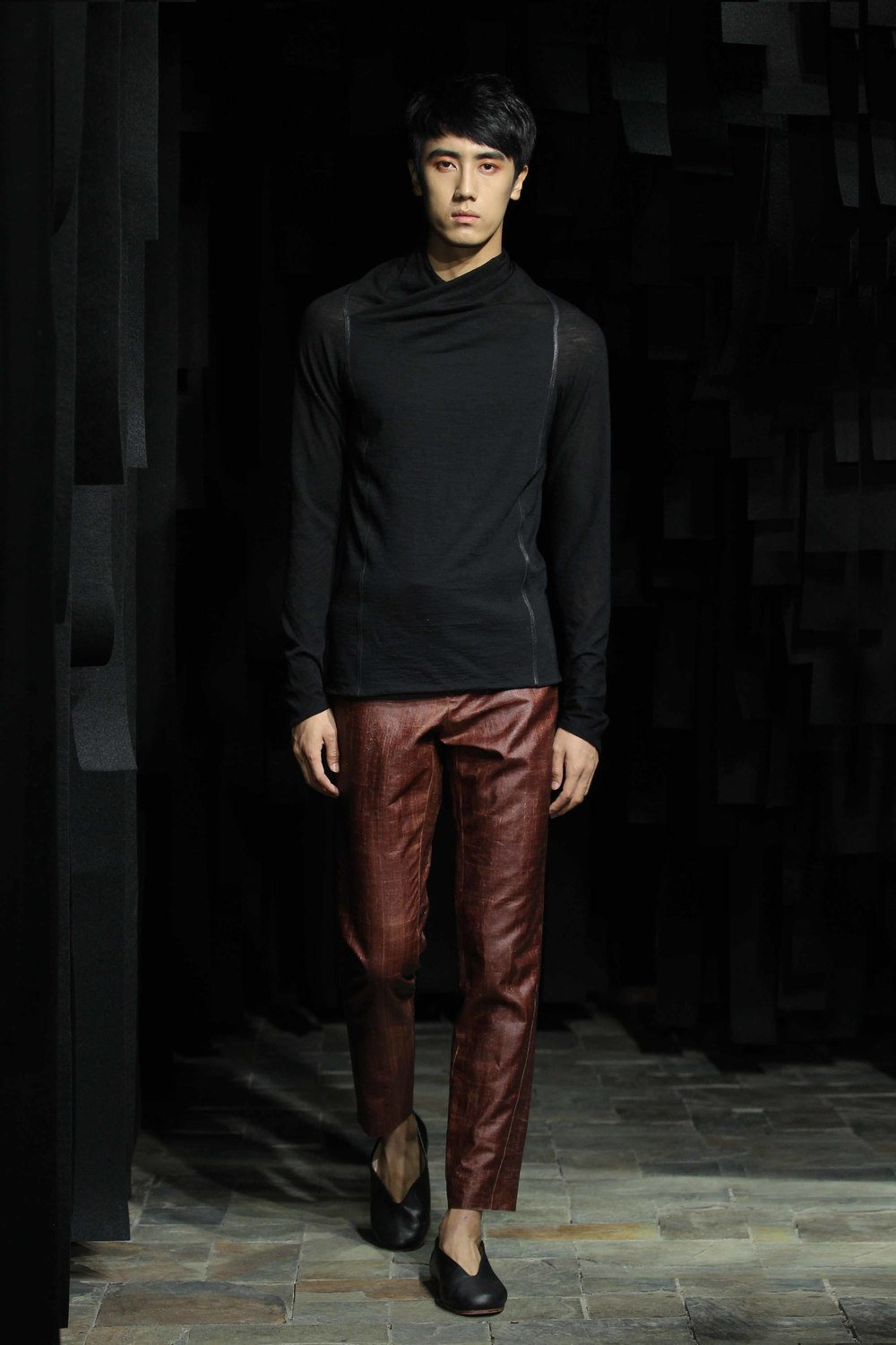 Black woolen man's pullover with draping in front // cinnamon spiral cut tea silk pants