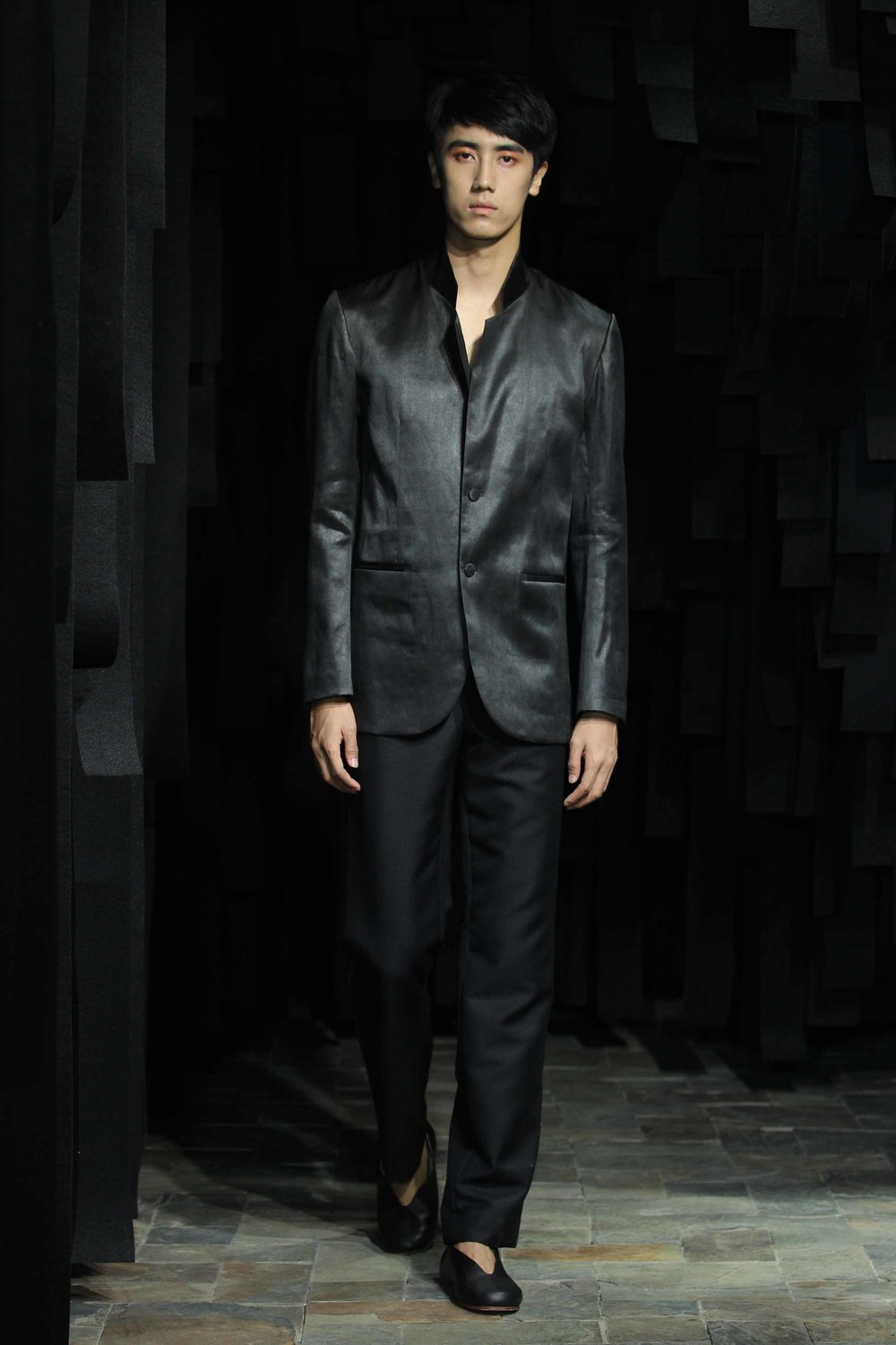 Tea-silk men's blazer with stand-up collar // woolen dress pants with tea-silk side-seam detailing