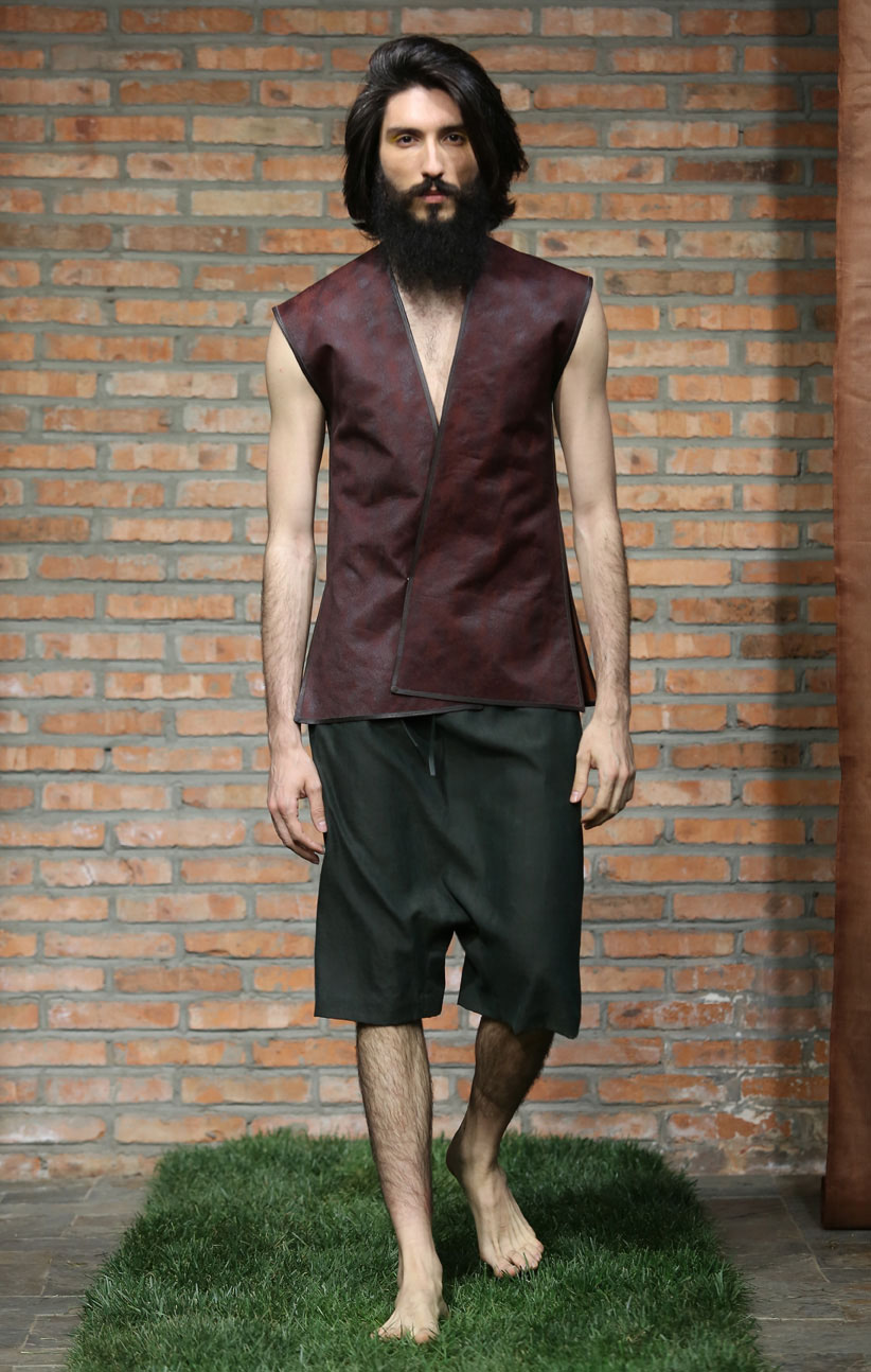 Cinnamon tea-silk men's waistcoat // green loose-cut tea-silk shorts with elastic waistband