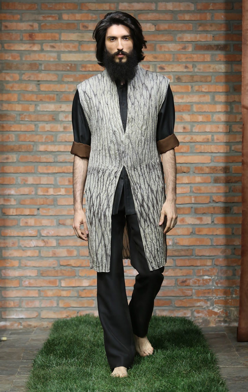 Steamset pleated iron Shibori-dye long waistcoat // straight cut tea-silk pants