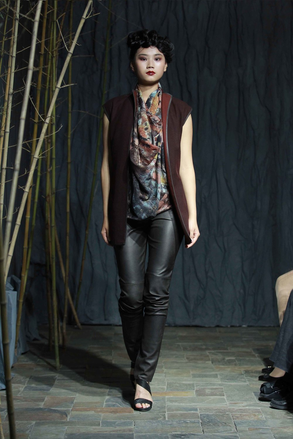 Plum-red reversible waistcoat and printed silk chiffon scarf // leather pants