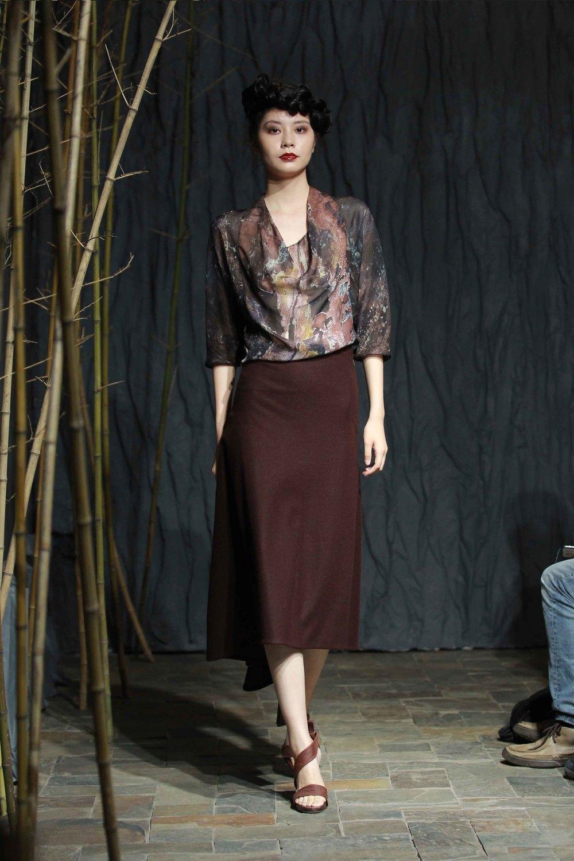Printed silk chiffon cowl-neck top// tea-silk rope belt// rust-red asymmetric jersey flannel skirt