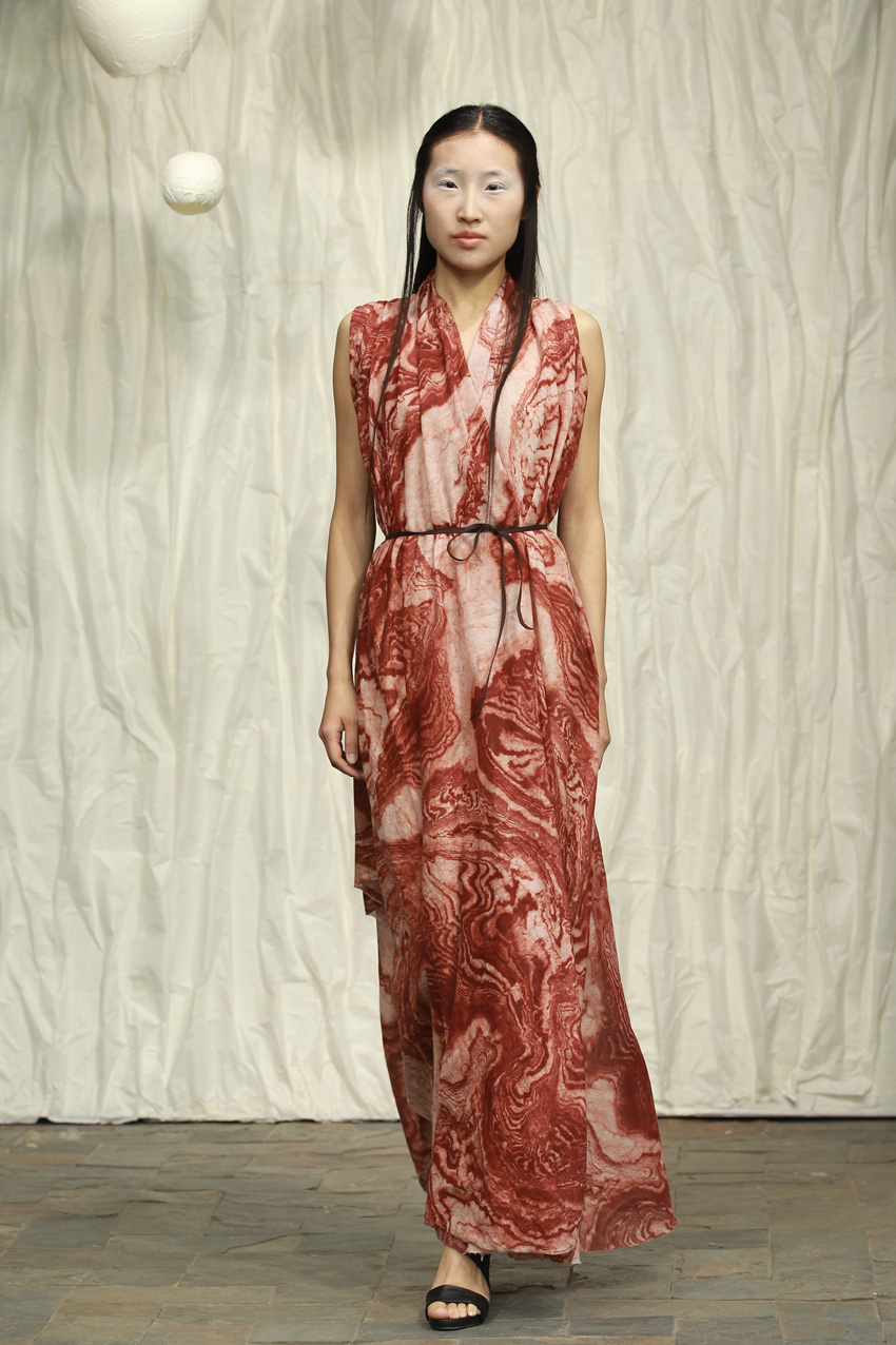 Printed silk- cotton drape dress with thin leather belt