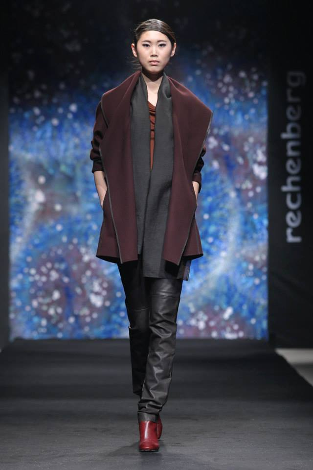 short double face cashmere blend coat with leather trim,high waist leather trousers