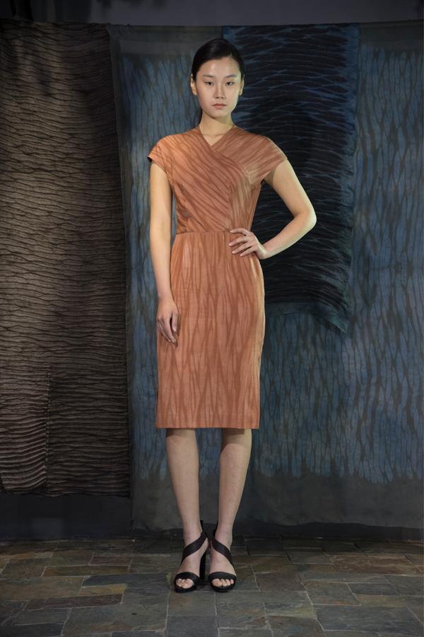 28-01 Shuliang natural-dyed silk crepe marocain dress / 薯莨手工染色重磅真丝连衣裙