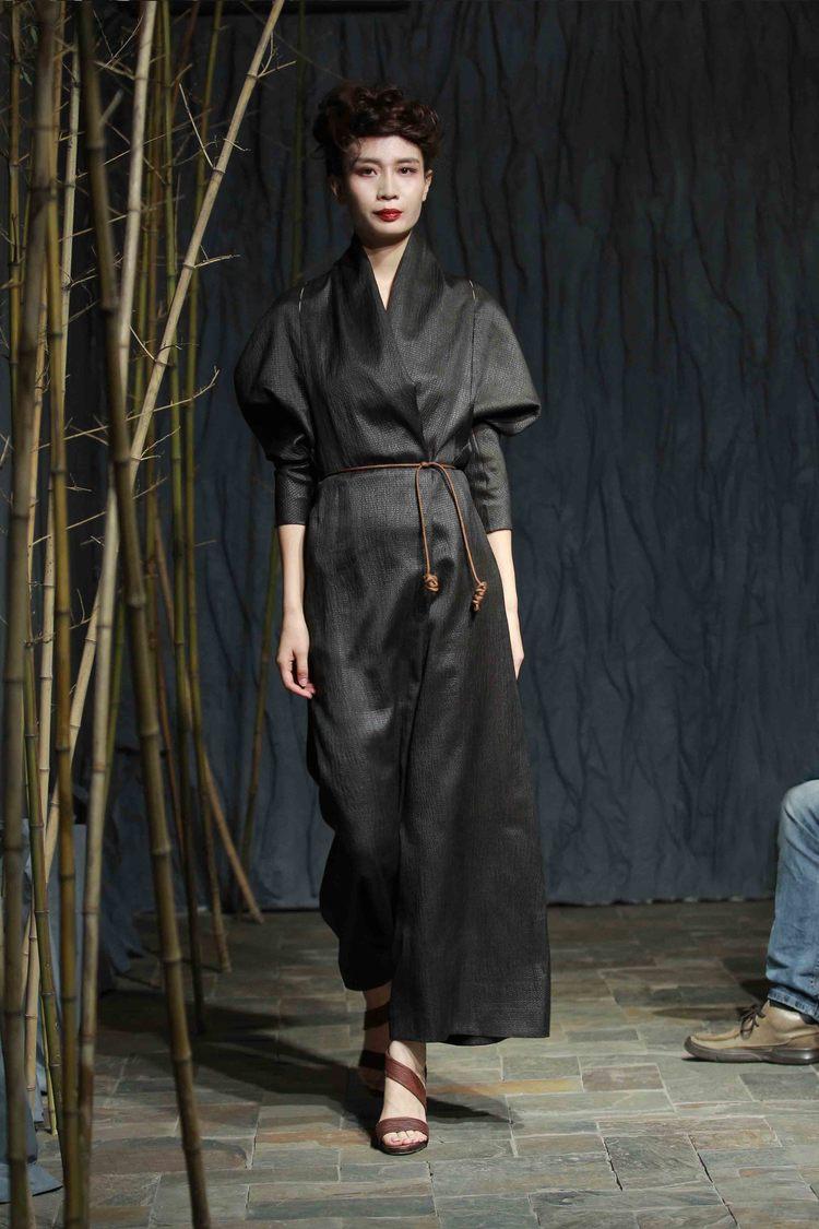 Tea-silk wraparound jumpsuit with triangular batwing sleeves