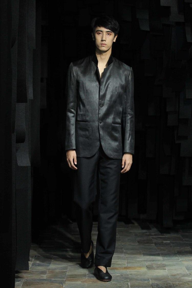 Tea-silk men's blazer with stand-up collar // woolen dress pants with tea-silk side-seam detailing