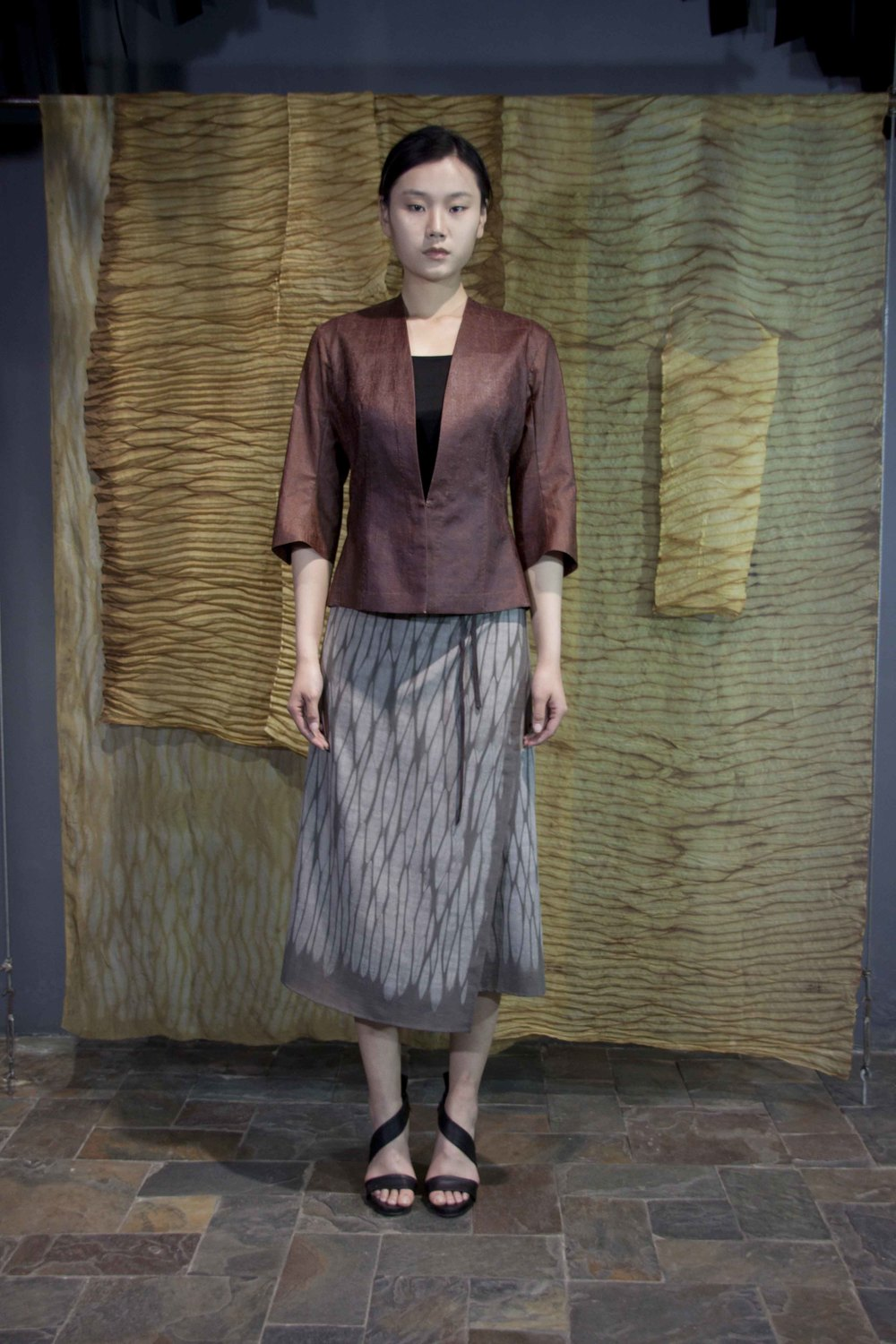 "28-34 Cinnamon tea-silk jacket/ Iron rust natural-dyed wrap-around skirt/    肉桂色红芸纱夹克  /  铁锈处理手工天然染色半身裙子                                                                                                                                                                                                                                                                                                     /* Style Definitions */  table.MsoNormalTable 	{mso-style-name:""Table Normal""; 	mso-tstyle-rowband-size:0; 	mso-tstyle-colband-size:0; 	mso-style-noshow:yes; 	mso-style-priority:99; 	mso-style-qformat:yes; 	mso-style-parent:""""; 	mso-padding-alt:0in 5.4pt 0in 5.4pt; 	mso-para-margin-top:0in; 	mso-para-margin-right:0in; 	mso-para-margin-bottom:10.0pt; 	mso-para-margin-left:0in; 	line-height:115%; 	mso-pagination:widow-orphan; 	font-size:11.0pt; 	font-family:""Calibri"",""sans-serif""; 	mso-ascii-font-family:Calibri; 	mso-ascii-theme-font:minor-latin; 	mso-hansi-font-family:Calibri; 	mso-hansi-theme-font:minor-latin; 	mso-bidi-font-family:""Times New Roman""; 	mso-bidi-theme-font:minor-bidi;}"
