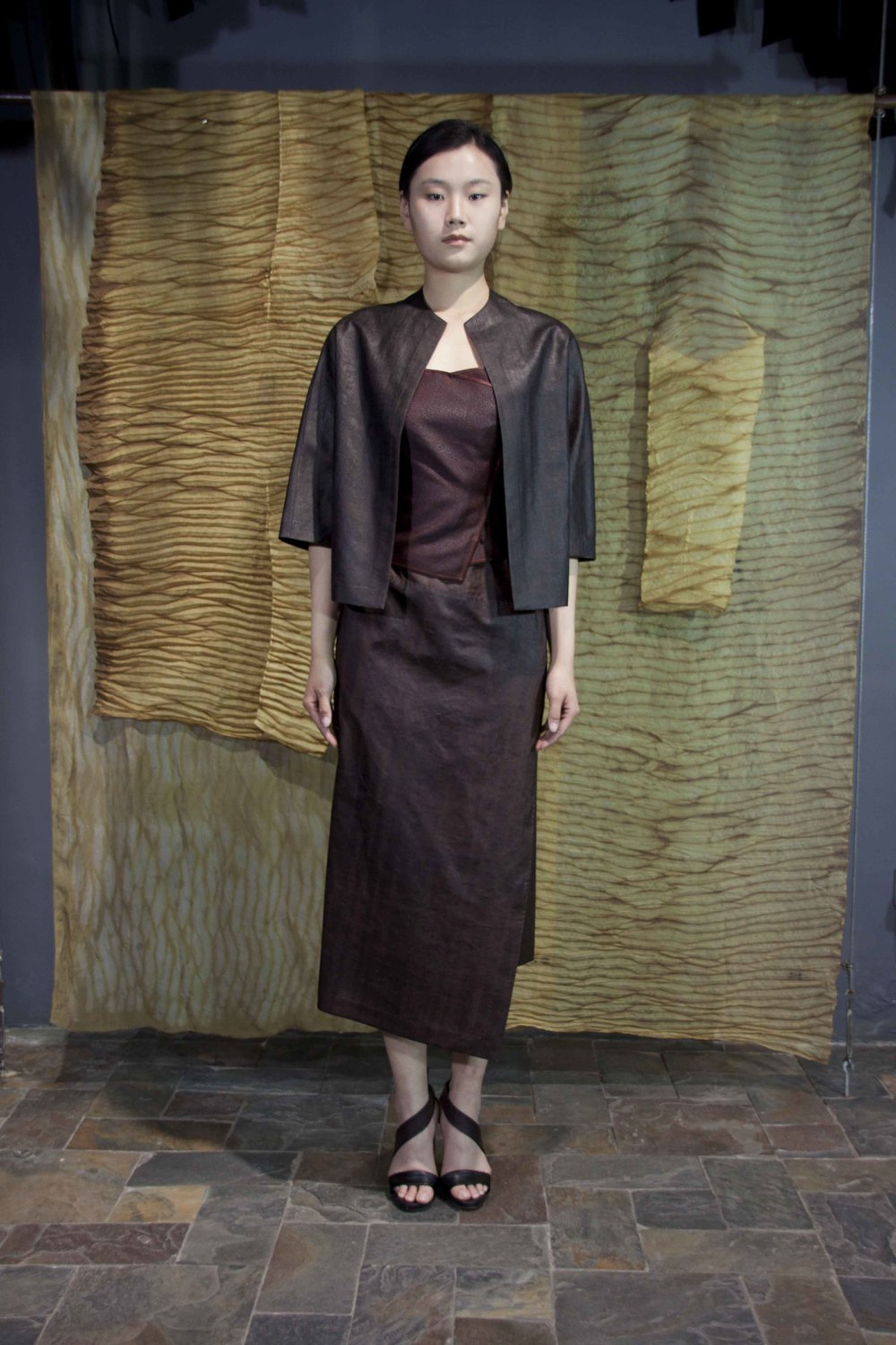 "28-36 Loose rust treated tea-silk jacket/ Red tea-silk top / Iron rust treated tea-silk skirt/    红芸纱夹克  /  红云沙吊带衫  /   铁锈处理红芸纱半身裙                                                                                                                                                                                                                                                                                                        /* Style Definitions */  table.MsoNormalTable 	{mso-style-name:""Table Normal""; 	mso-tstyle-rowband-size:0; 	mso-tstyle-colband-size:0; 	mso-style-noshow:yes; 	mso-style-priority:99; 	mso-style-qformat:yes; 	mso-style-parent:""""; 	mso-padding-alt:0in 5.4pt 0in 5.4pt; 	mso-para-margin-top:0in; 	mso-para-margin-right:0in; 	mso-para-margin-bottom:10.0pt; 	mso-para-margin-left:0in; 	line-height:115%; 	mso-pagination:widow-orphan; 	font-size:11.0pt; 	font-family:""Calibri"",""sans-serif""; 	mso-ascii-font-family:Calibri; 	mso-ascii-theme-font:minor-latin; 	mso-hansi-font-family:Calibri; 	mso-hansi-theme-font:minor-latin; 	mso-bidi-font-family:""Times New Roman""; 	mso-bidi-theme-font:minor-bidi;}"