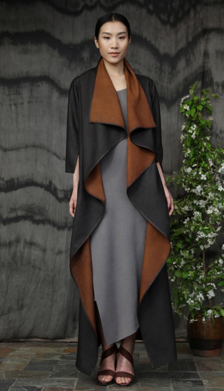 香云纱大领背部三角形剪裁镶嵌皮边款长礼服裙/ 五倍子植物手工染色吊带裙/Tea-silk back triangular cut evening dress/ Gallnut natural-dyed silk crepe strap dress.