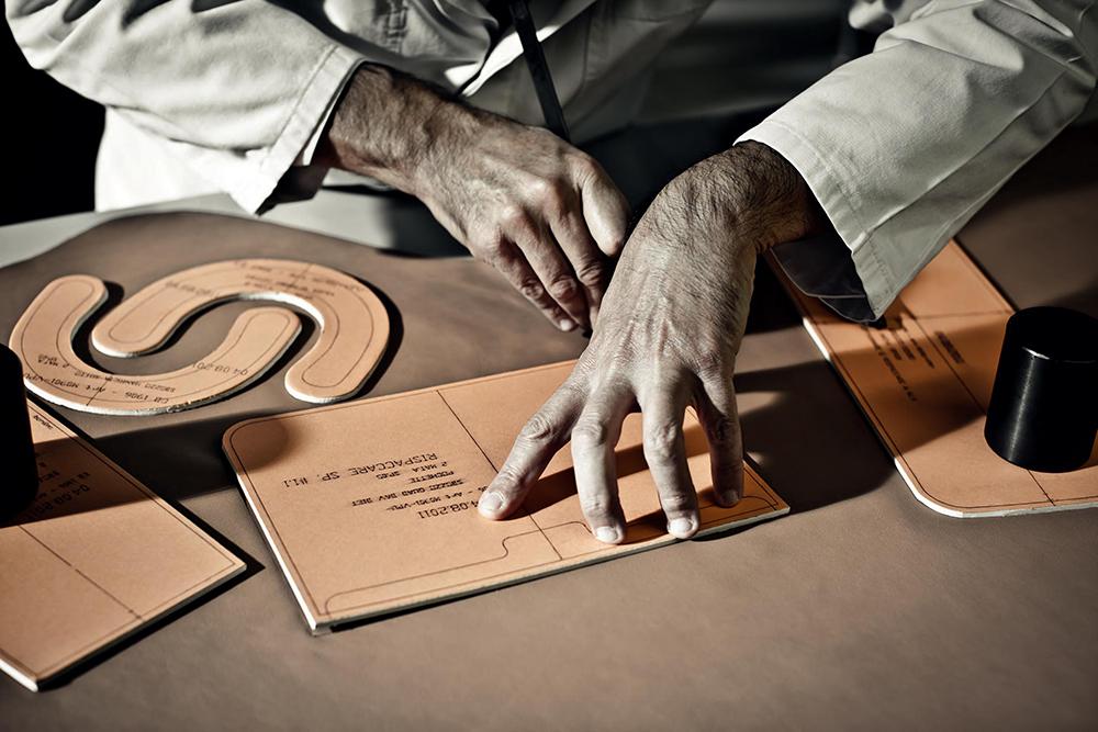 The-Making-of-A-Christian-Dior-Handbag-2.jpg