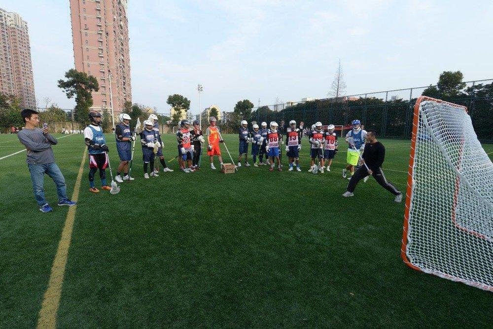 三方球隊的教練主持了一次技巧訓練,另外,來自香港的幾位具有豐富經驗的裁判也主持了一次裁判課程
