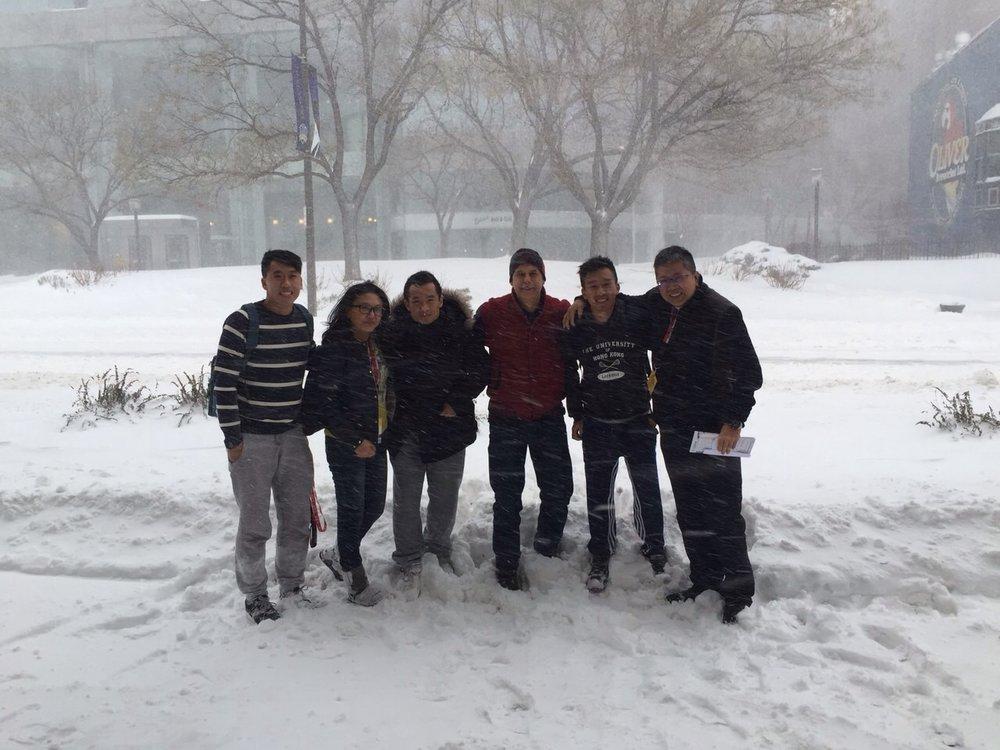 TWLA跟HKLA在風雪中合照