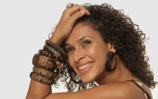 Renata JAmbeiro 1.jpg