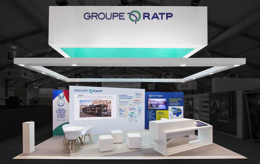 Le stand d'exposition Groupe RATP à l'AMIF 2017. Ci-dessous, les photos du stand réalisé et la conception initiale.