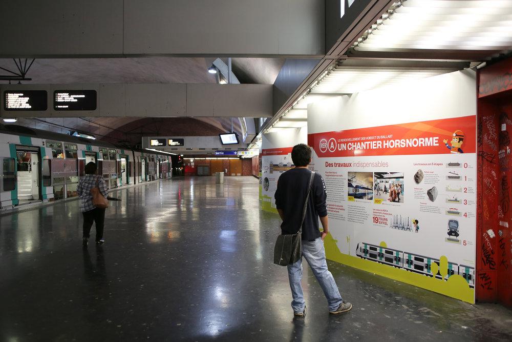 RATP EXPO RER A 26 2500.jpg