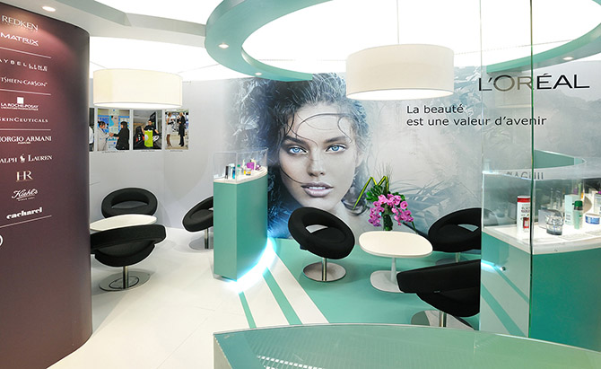 stand exposition narrative stand L'oreal 2011 3.jpg