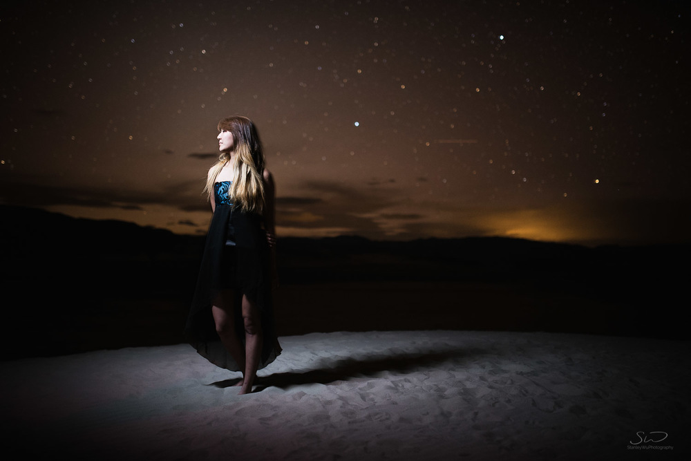 portrait_girl_under_stars.jpg