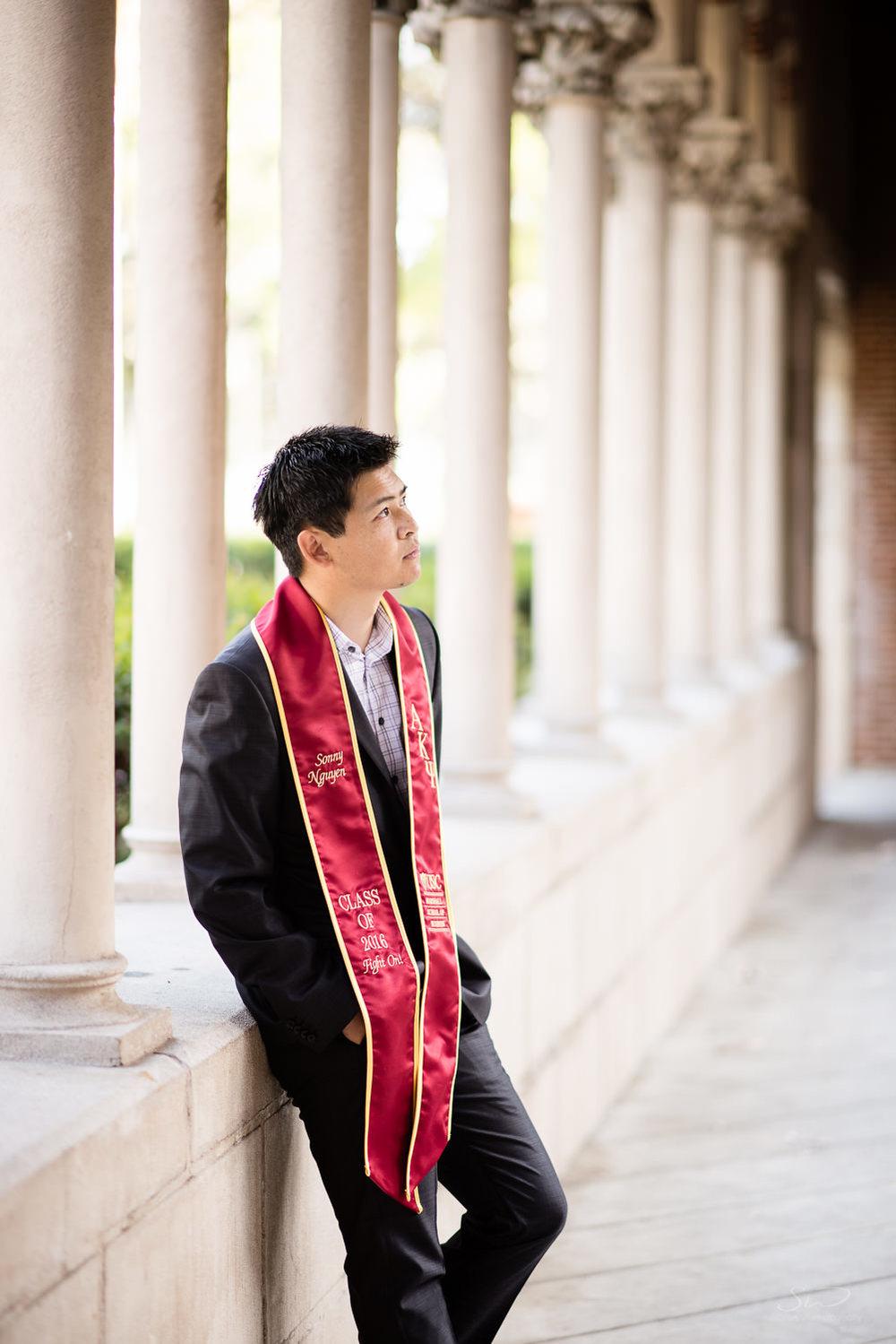senior-grad-portraits-usc-2.jpg
