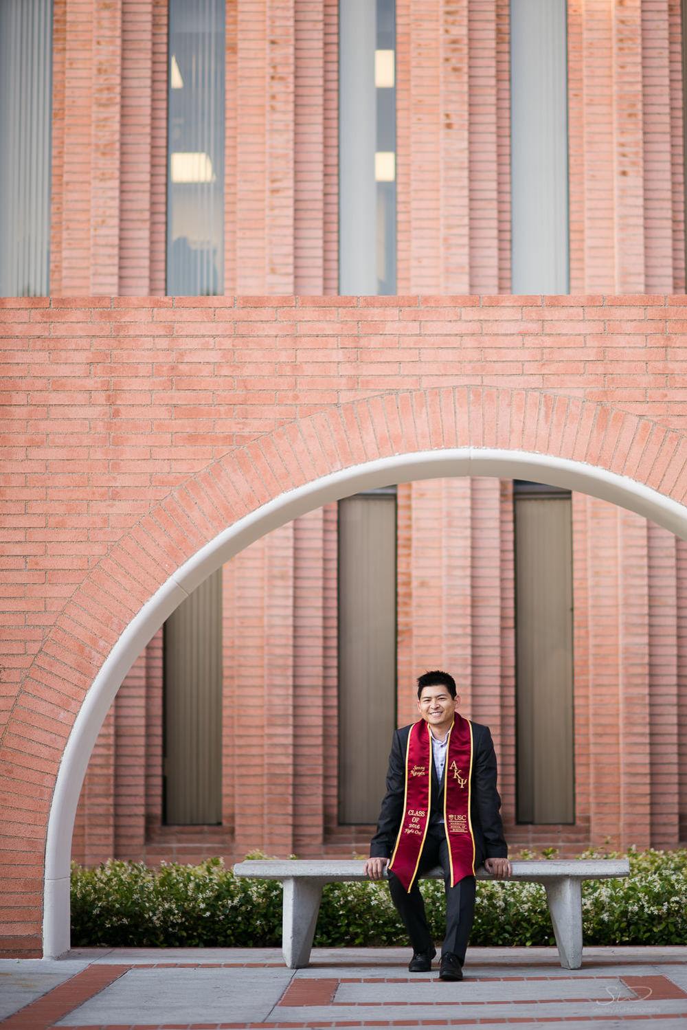 senior-grad-portraits-usc-15.jpg