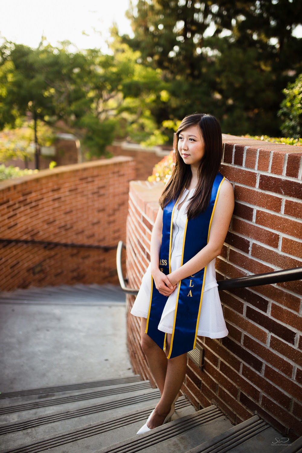 ucla-uc-berkeley-couple-grad-4.jpg
