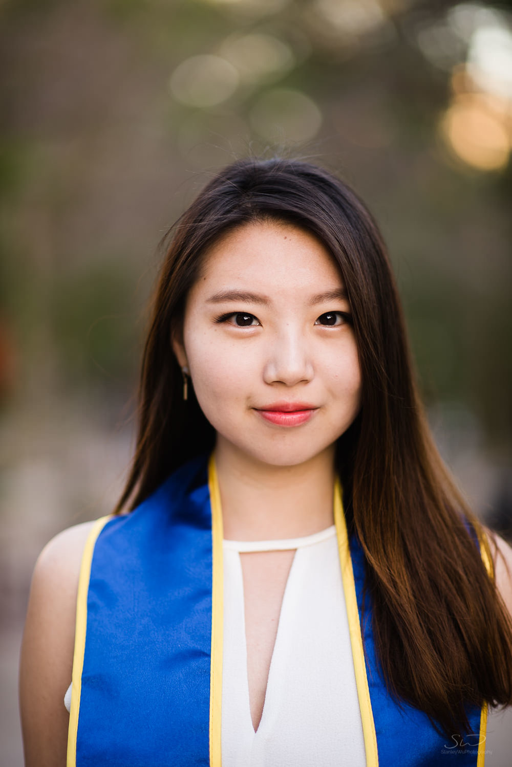 Senior Portrait.  Best graduation portrait photography, Los Angeles.